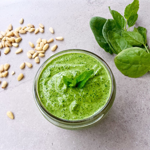 Vegan Spinach Mint Pesto