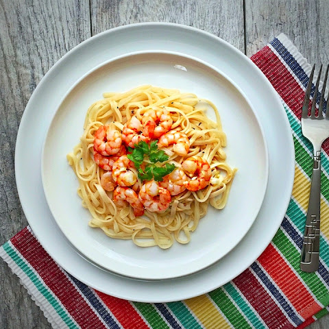 Easy Lemony Butter Shrimp Pasta
