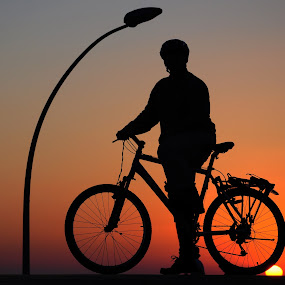 Riding the sunset by Yuval Shlomo - Sports & Fitness Cycling ( silhouette )