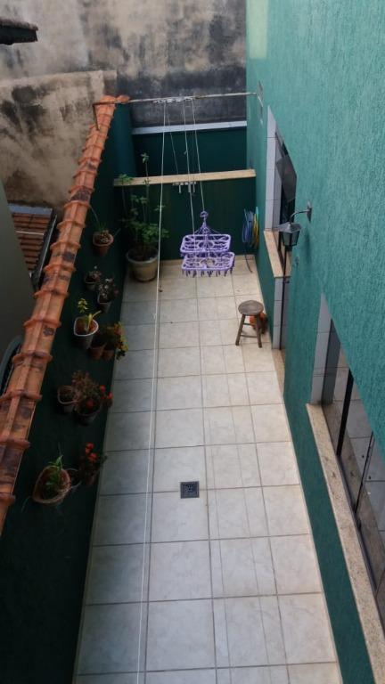 Sobrado à Venda - Parque Selecta(Montanhão)