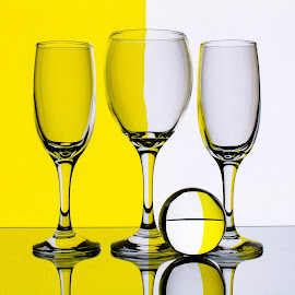 Yellow/White by Sam Sampson - Artistic Objects Glass ( reflection, glasses, white, yellow, geometry )