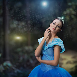 Lady in the wonderland by Mdnoh Mnj - People Fashion