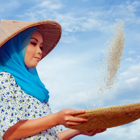 by Cikgu Kioka - People Portraits of Women