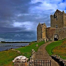 Un Ireland Castle by Afonso Chaby Rosa - Buildings & Architecture Public & Historical ( ireland, acy, castle, monument, historical )