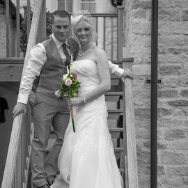 by Ian Gunning - Wedding Bride & Groom