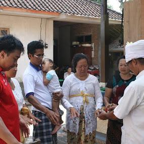 Malukat by Putu Purnawan - People Family