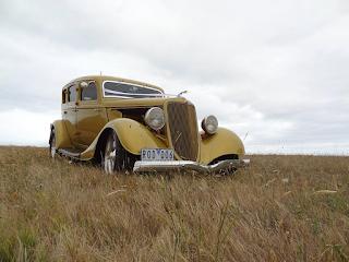 vintage gold sedan Melbourne Frankston