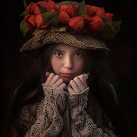 fiorela by Anna Anastasova - Babies & Children Child Portraits ( girl child, autumn, child portrait, autumn colors, portrait )