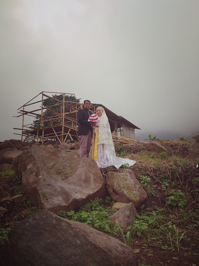 Outdor prewed  by Mohamad Afidin - Wedding Bride