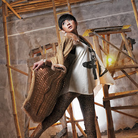 Try To Fly by Rizky Darmawan - People Fashion