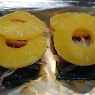 Simple Grilled Salmon with Red Onion and Pineapple