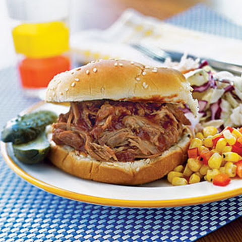 Slow Cooker BBQ Pulled Pork Sandwiches Recept | Yummly