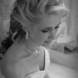 elegant by Rina Meintjes - Wedding Bride