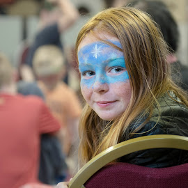 Frozen Face Paints by Graham Peel - Babies & Children Children Candids ( girl, face paint, frozen, elsa )