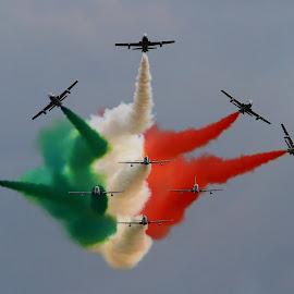 Italiano:) by Marcin Chmielecki - Transportation Airplanes