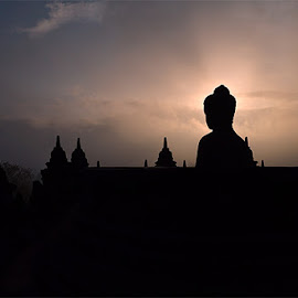 Dawn at Borobudur Temple, Indonesia by Fuad Arief - Buildings & Architecture Statues & Monuments ( visit indonesia, temple, world 7 wonders, central java, indonesia, magelang, tourism, world heritage, unesco, borobudur )