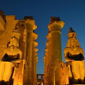 El Faraón by Mica Parada Larrosa - Buildings & Architecture Statues & Monuments ( temple, statue, kanak, monument, ramses, egypt )