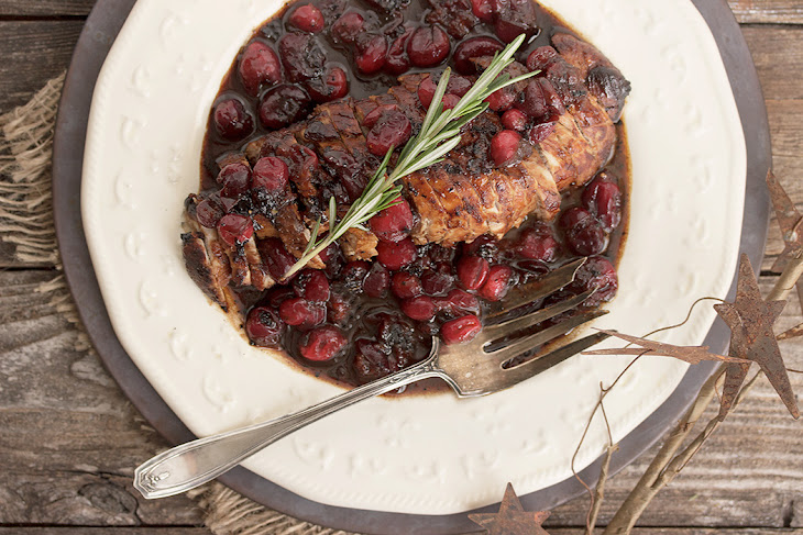 Pork Tenderloin with Maple Balsamic and Cranberry Sauce Recept ...