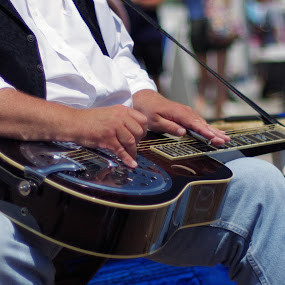 Playing the blues by M.H. O'Dell - City,  Street & Park  Street Scenes