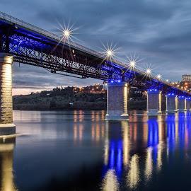 Blue Light by António Martins - Buildings & Architecture Bridges & Suspended Structures ( tejo, abrantes, ponte, por de sol, noite )