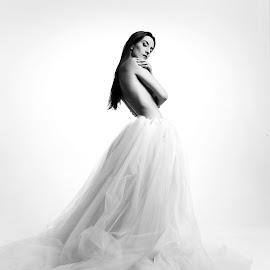 Dakota Snow's Dress by Travis Houze - Nudes & Boudoir Artistic Nude ( travis houze, travis houze photography, dress, art, warm, implied, color, style, nude, photography )