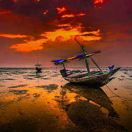 by Galaxi Man - Transportation Boats