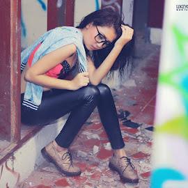 Lelah by Anggoro S - People Fashion