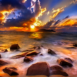 Sunset angle by Dany Fachry - Landscapes Waterscapes