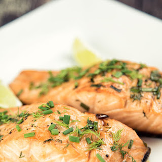 Maple Salmon With Chives and Dill