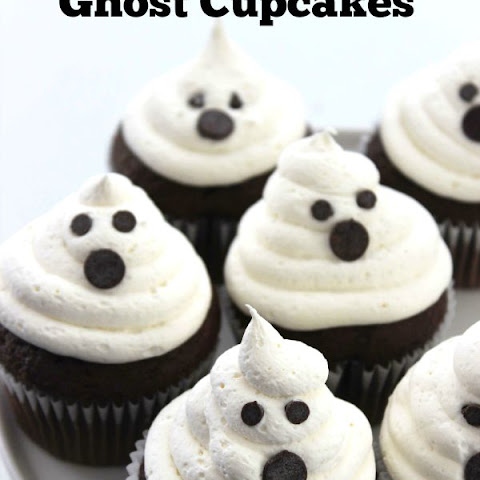 Marshmallow Ghost Cupcakes