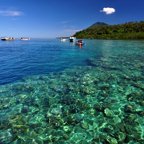 Bunaken.. by Jaka Ferdiyanto - Landscapes Travel