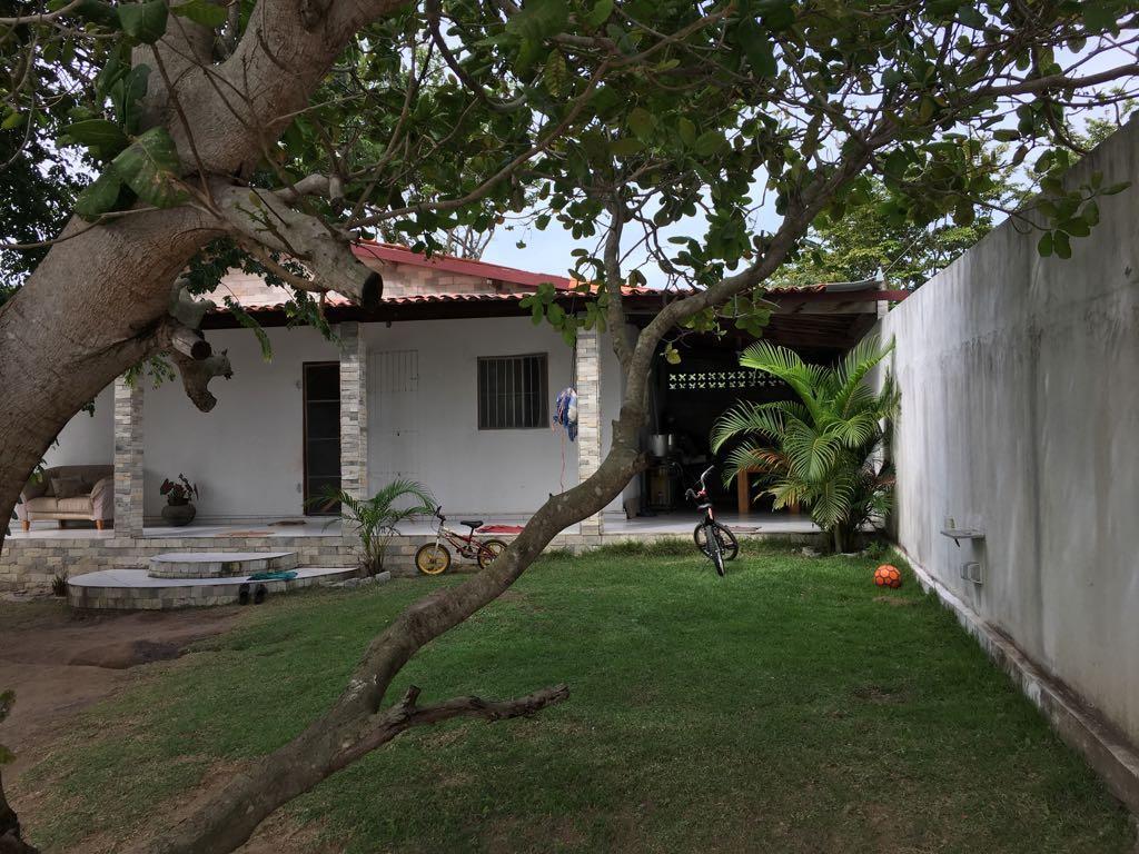 Belíssima casa no litoral sul Paraibano, área de lazer encantadora não perca essa Oportunidade!!