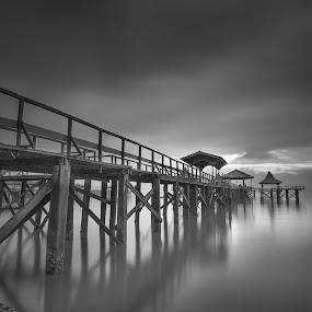 kenjeran  by Van Condix - Black & White Landscapes