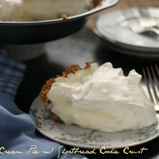 Banana Cream Pie with Shortbread Cookie Crust