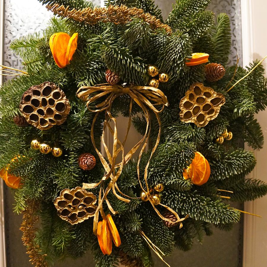Golden wreath - The Florist Tunbridge Wells
