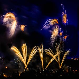 2106 jpg. Firework Jul-9-17-2106.jpg