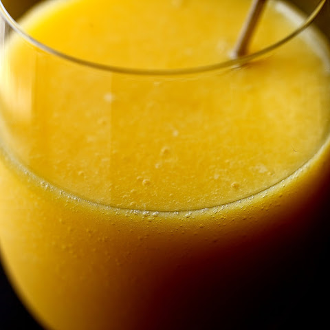 Mango, Orange and Ginger Smoothie