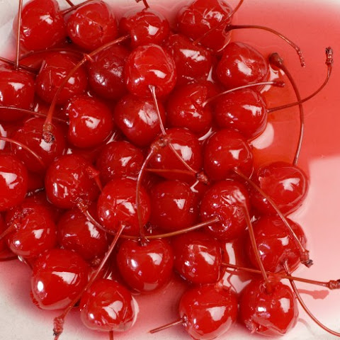 Homemade Maraschino Cherries