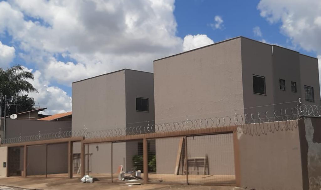 Apartamento com 3 dormitórios à venda, 77 m² por R$ 180.000,00 - Jardim Eldorado - Uberaba/MG