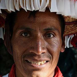 INDIGENA CHIAPANECO by Jose Mata - People Musicians & Entertainers