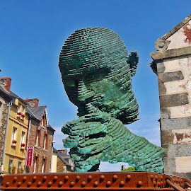 Cogito ergo sum by Ciprian Apetrei - Buildings & Architecture Statues & Monuments ( statue, arhitecture, traditional, brittany, city park )