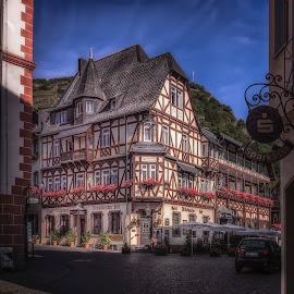 Trink den golden Wein zu Bacharach am Rhein by Ole Steffensen - City,  Street & Park  Street Scenes ( rhein, rhein-valley, altkönischer hof, germany, bacharach )