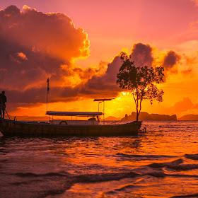 Paddling Sunset.jpg