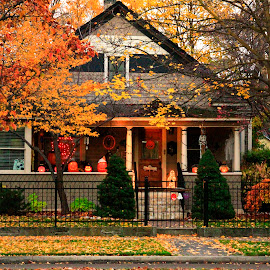 HARRISON BOULEVARD AUTUMN HOME 4 by Gerry Slabaugh - Buildings & Architecture Homes ( idaho, home, boise, autumn, architecture )