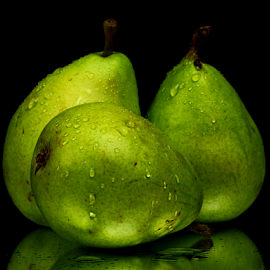 Fresh Pears by Dipali S - Food & Drink Fruits & Vegetables ( fruit, fresh, green, healthy, pears, fibre )