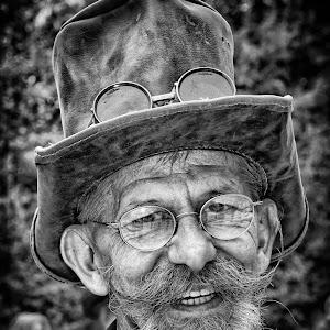 Steampunk 2015 DSC_8659 Portrait SW.jpg