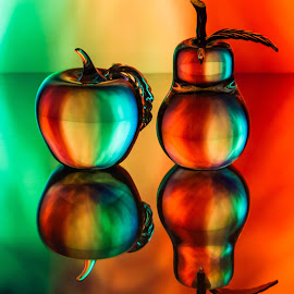 Tye-Dyed Apple and Pear by Lisa Hendrix - Artistic Objects Glass ( orange, fruit, reflection, colorful, colors, green, yellow, object, red, color, apple, glass, artistic, pear,  )