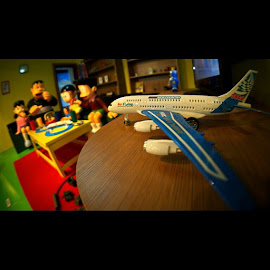 pesawat suneo ya? by Yudha Adillasaputra  - Instagram & Mobile Instagram ( airplane, toyslagram, toygroup_alliance, miniature, ecf1, doraemon )