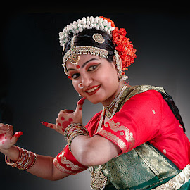 Bharat Natyam by Rakesh Syal - People Musicians & Entertainers (  )