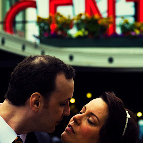 Market Moment by Jamie Newton - Wedding Getting Ready ( seattle, wedding, pike place market )